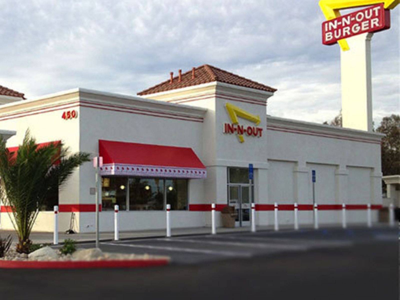 In-N-Out Burger - LAX