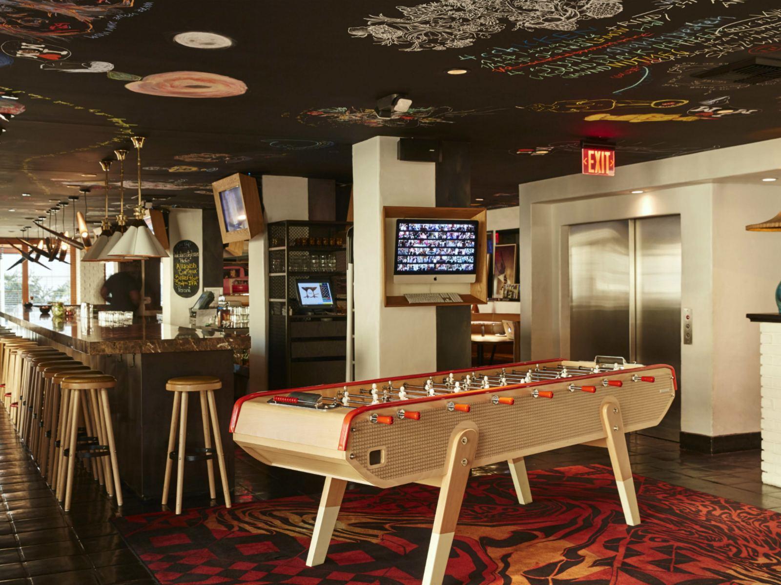 Main-Bar-and-Lobby---Mama-Shelter-LA