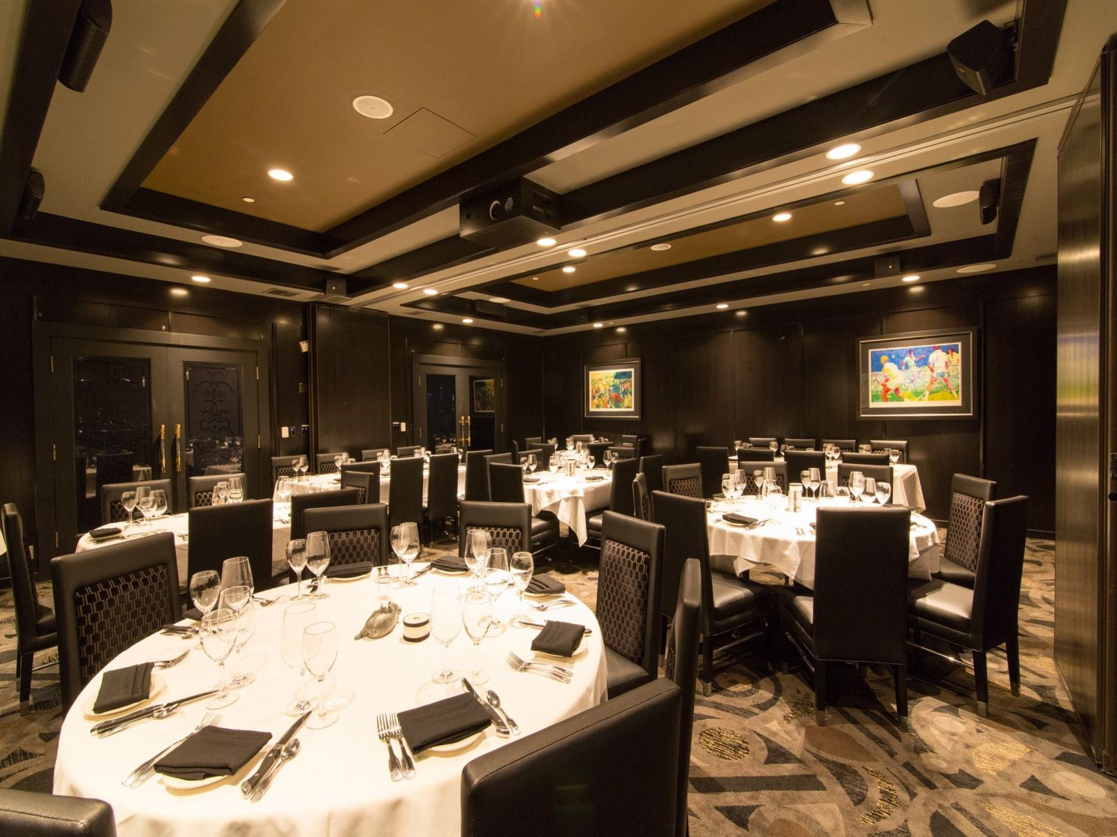 Morton S The Steakhouse Beverly Hills Discover Los Angeles