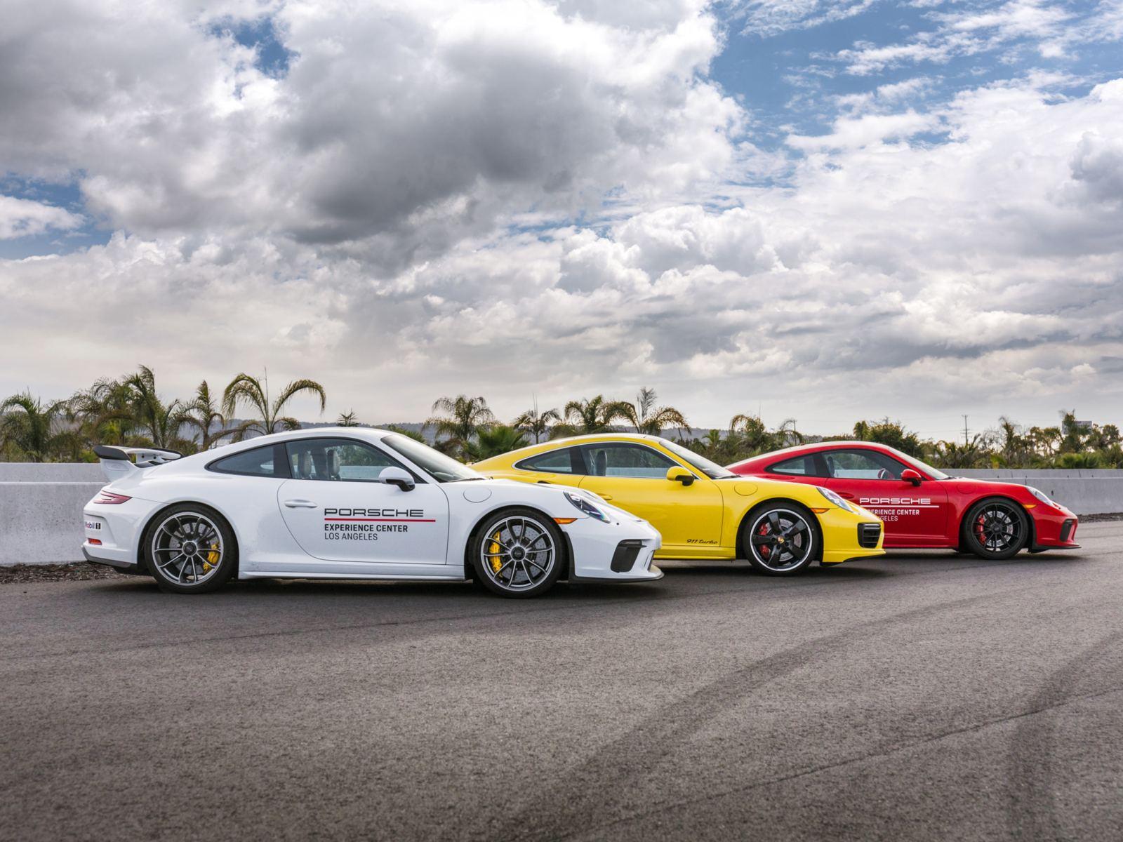 Resize-3-Porsche-991s