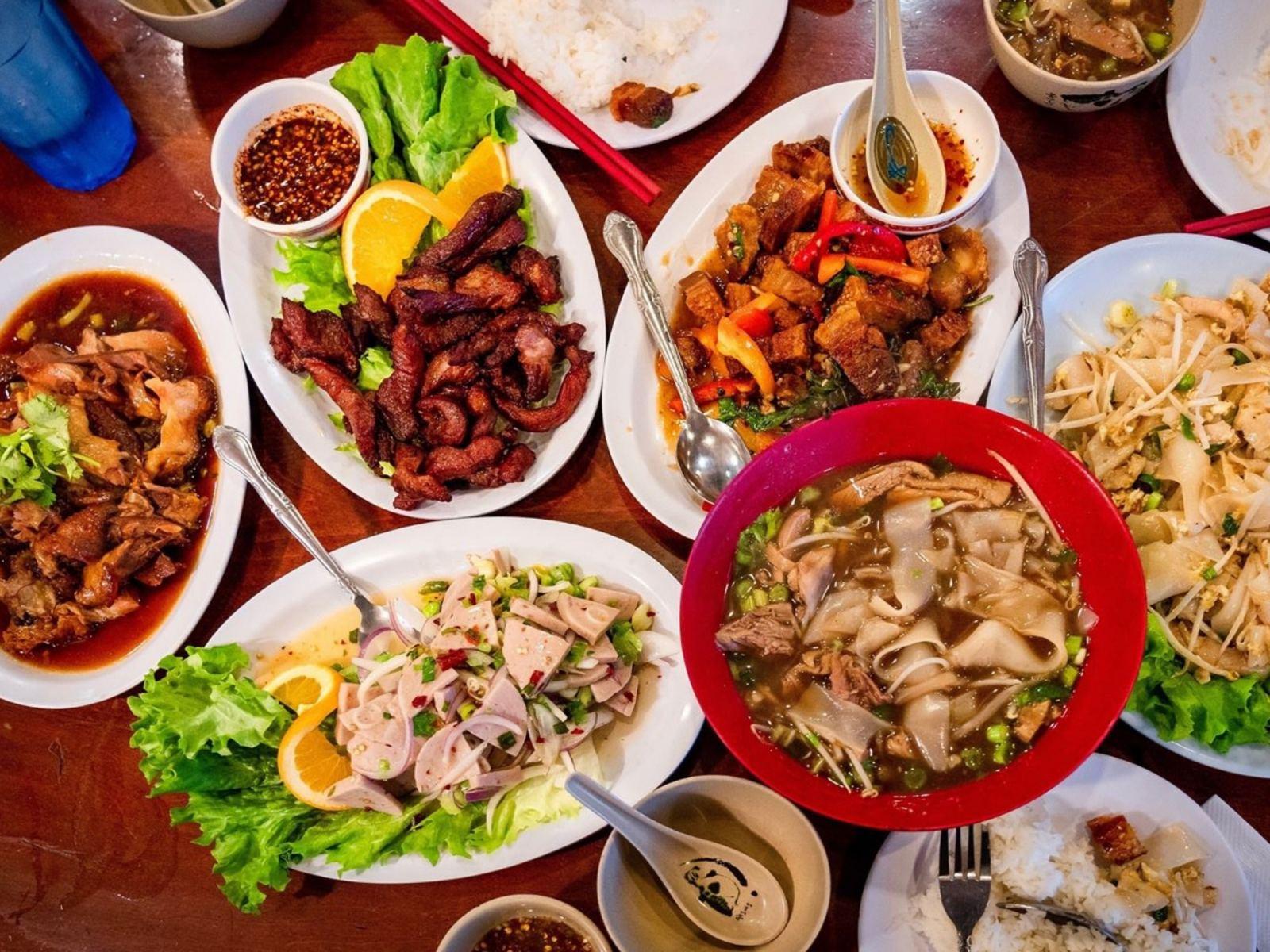 Ruen Pair Restaurant