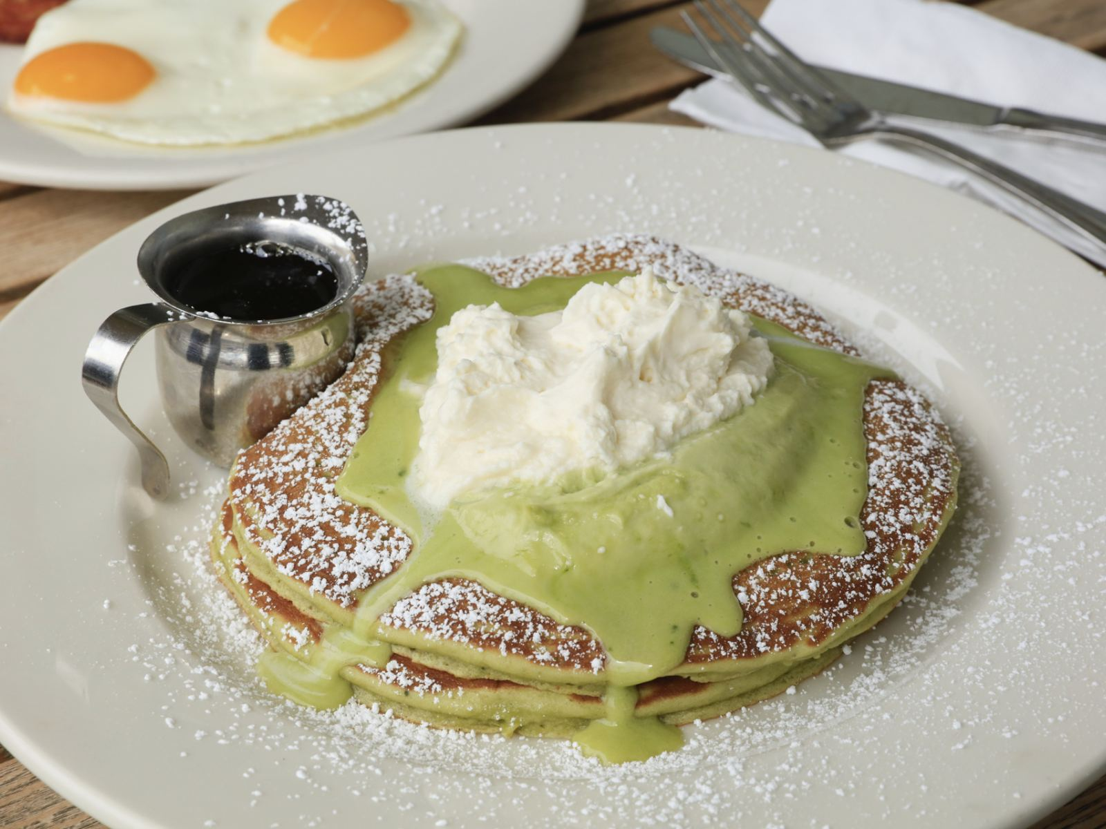 Green Tea Pancakes at Bea Bea's
