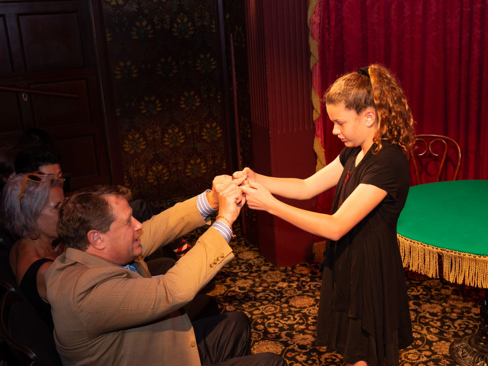 Shows In Los Angeles >> Discover The Best Magic Shows In Los Angeles Discover Los Angeles