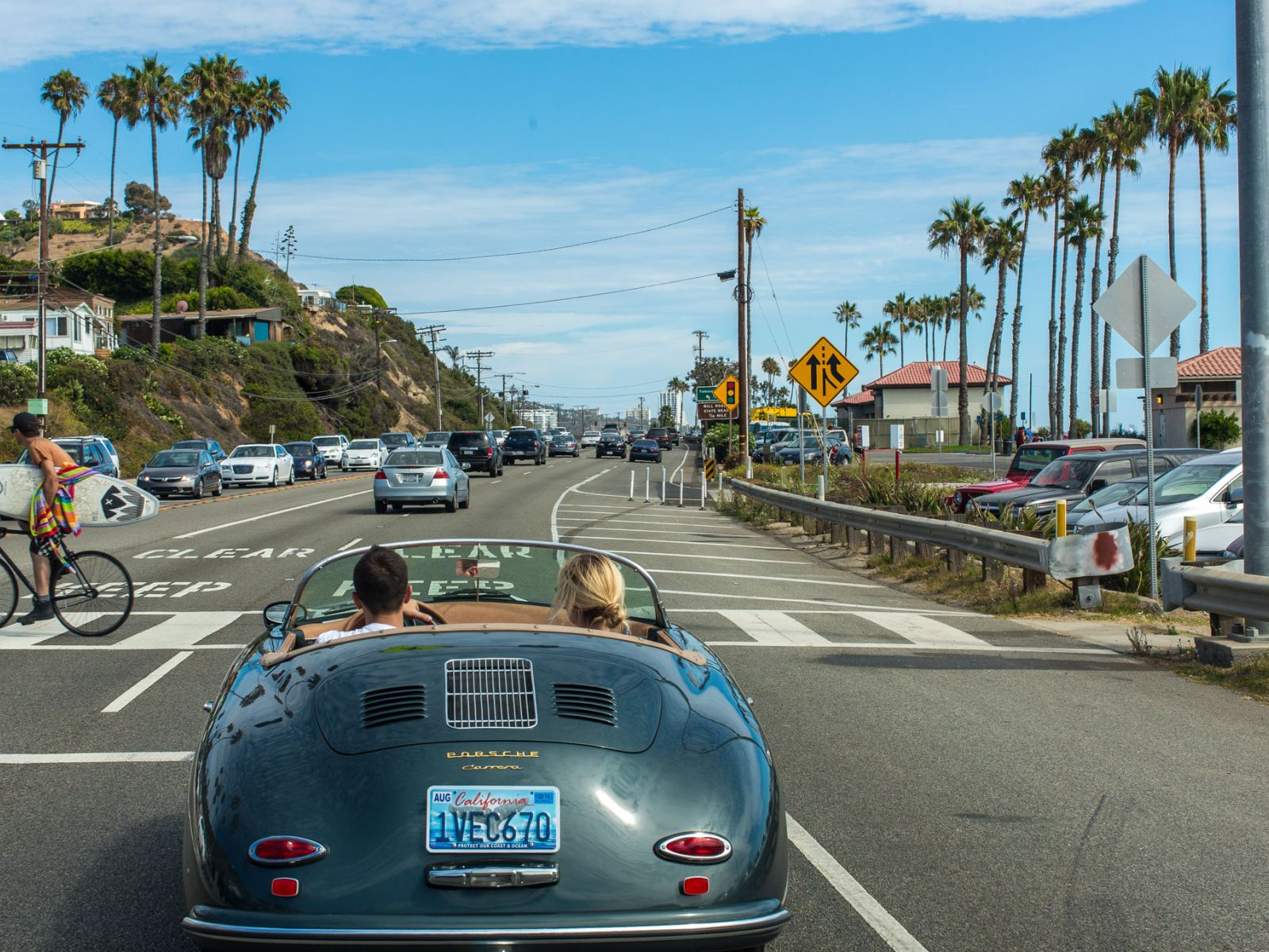 Pacific Coast Highway | Photo: Eric Demarcq, Flickr