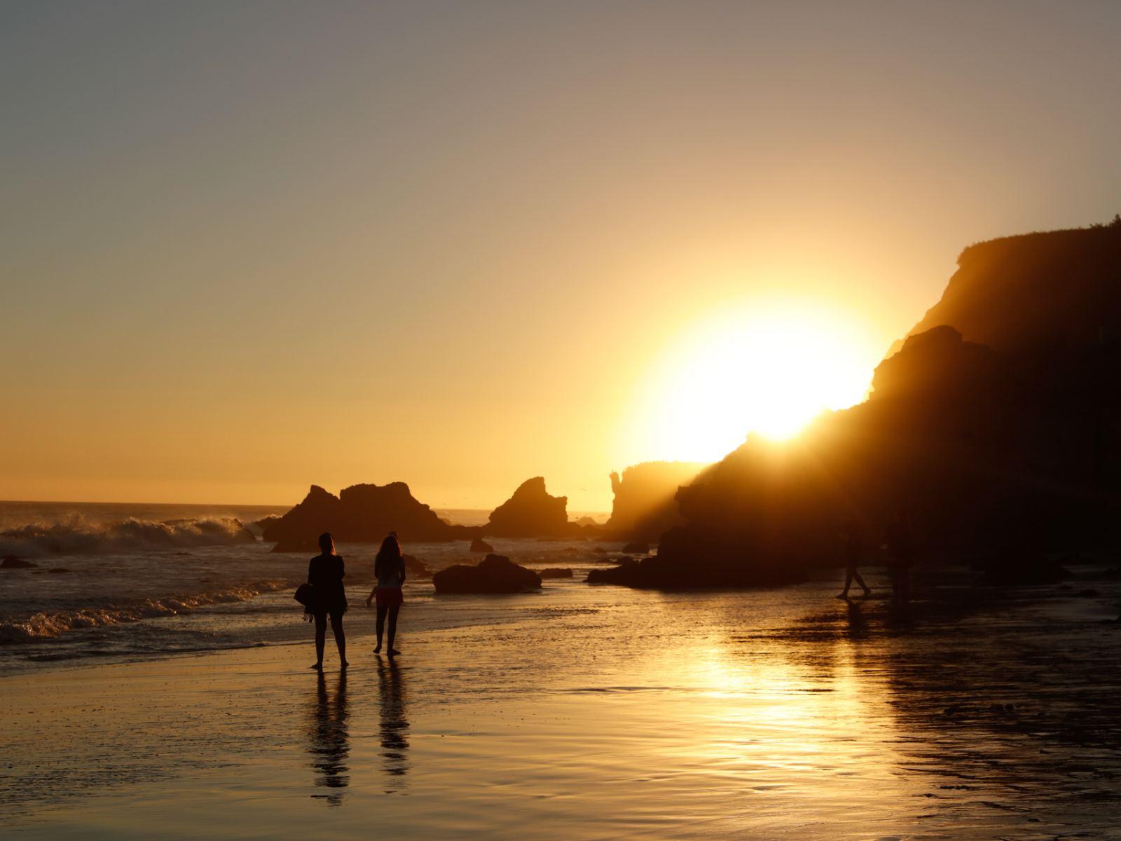 El Matador State Beach in Malibu   |  Photo: Yuri Hasegawa