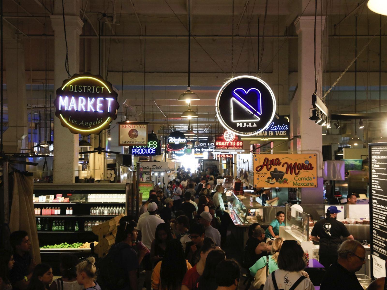 Inside Grand Central Market       Photo:   Yuri Hasegawa