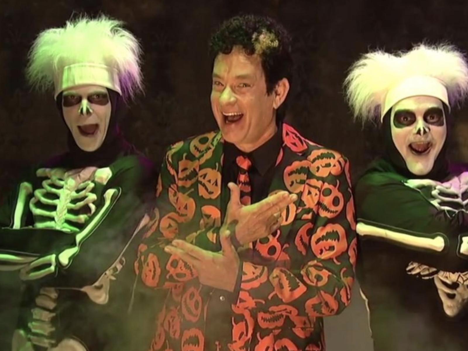 SNL David S.Pumpkins Tom Hanks Mikey Day Bobby Moynihan
