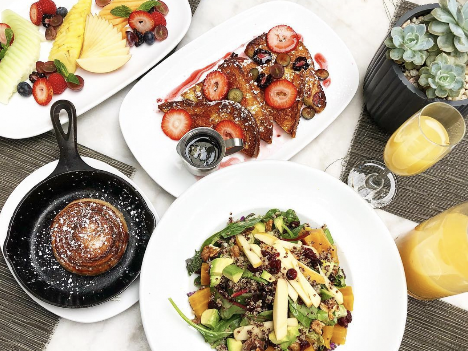 333d0e99e2c1e3 Top 10 Places for a Boozy Brunch in WeHo