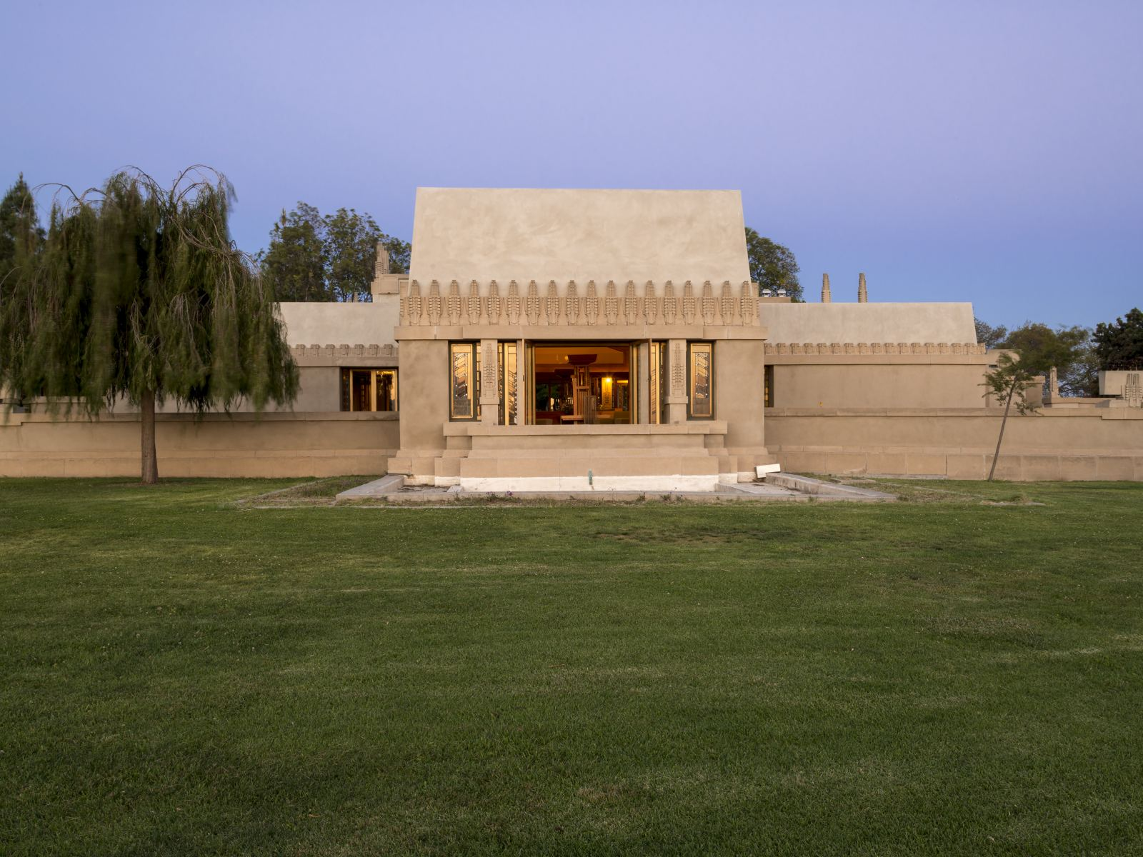 Exterior of Frank Lloyd Wright's Hollyhock House