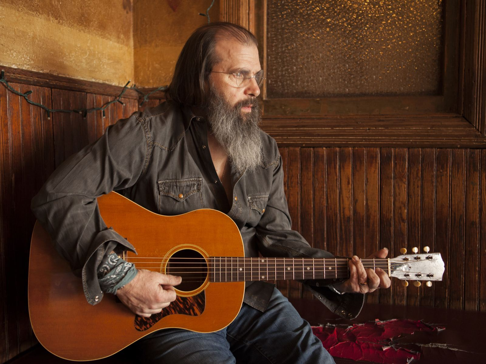 Main image for event titled Steve Earle & The Dukes (SOLD OUT)