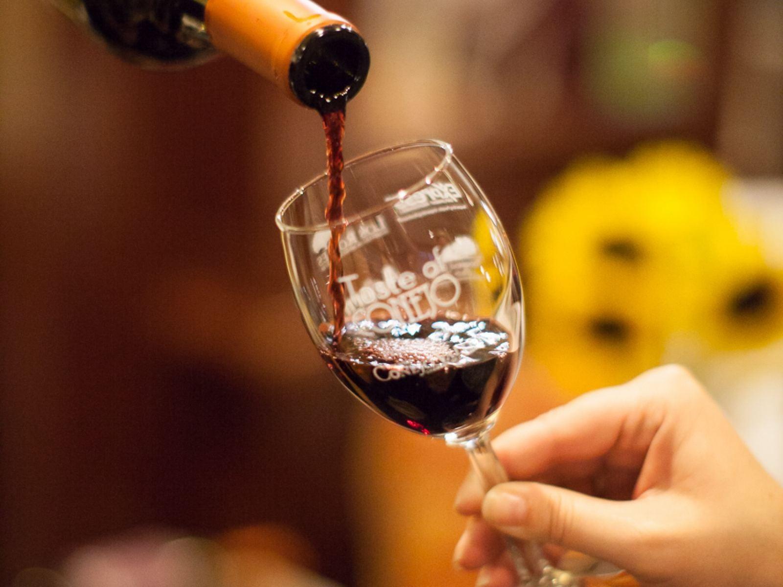 Wine glass pour.