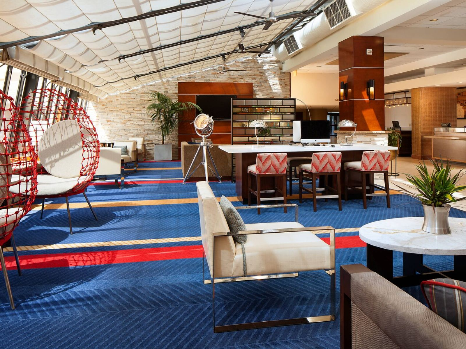 Lobby of the Four Points by Sheraton LAX