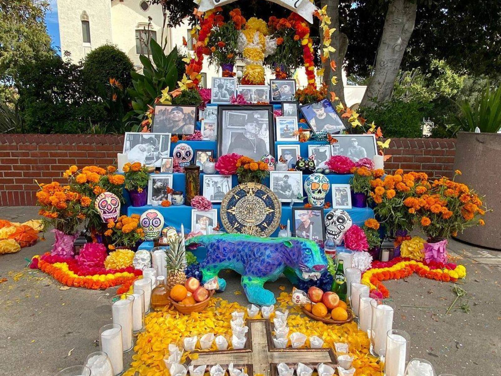 Main image for event titled Día de los Muertos Festival at Olvera Street (OPENING DAY)