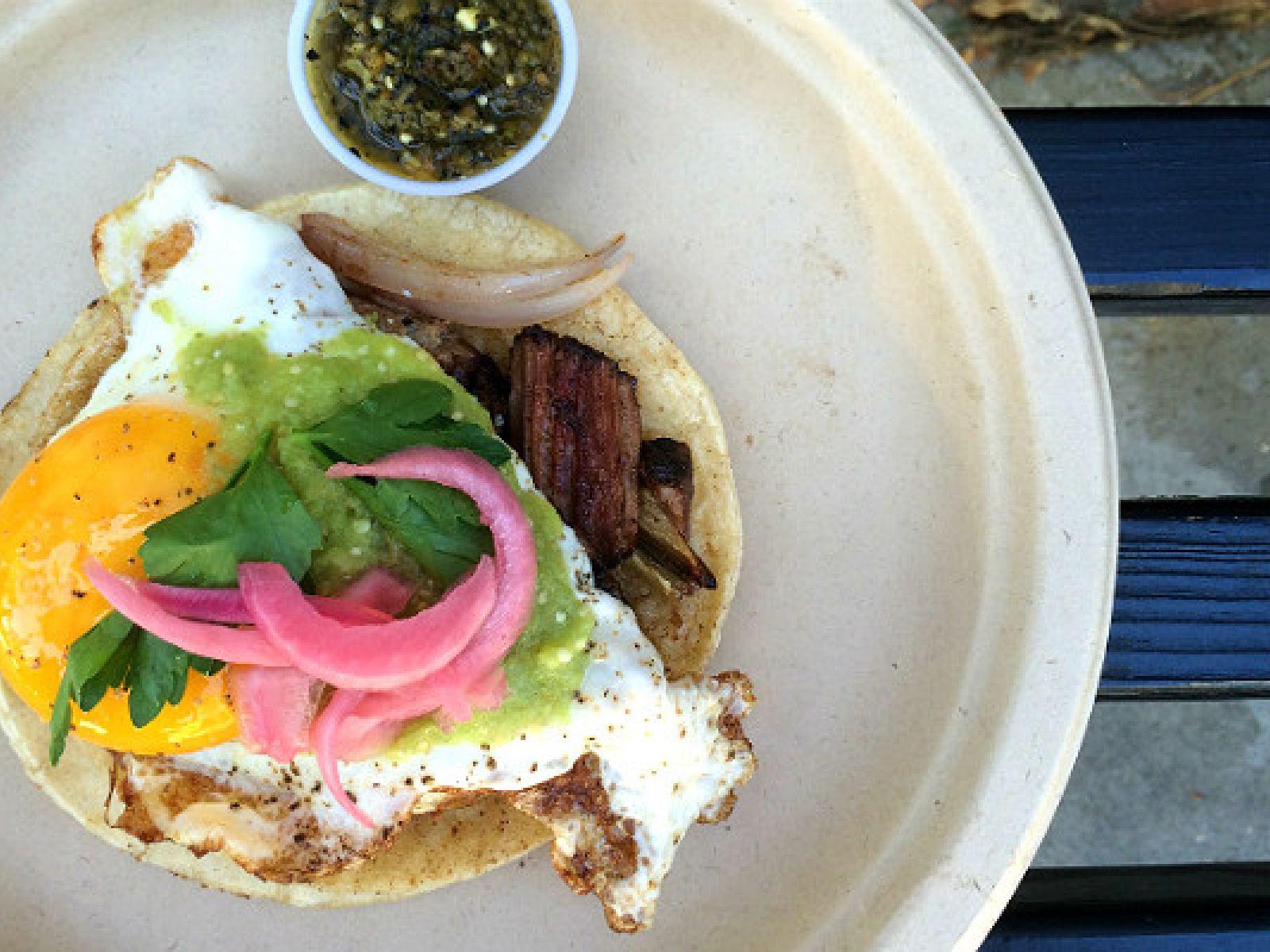 Main image for article titled 24 Horas em Los Angeles: Itinerário Gastronômico