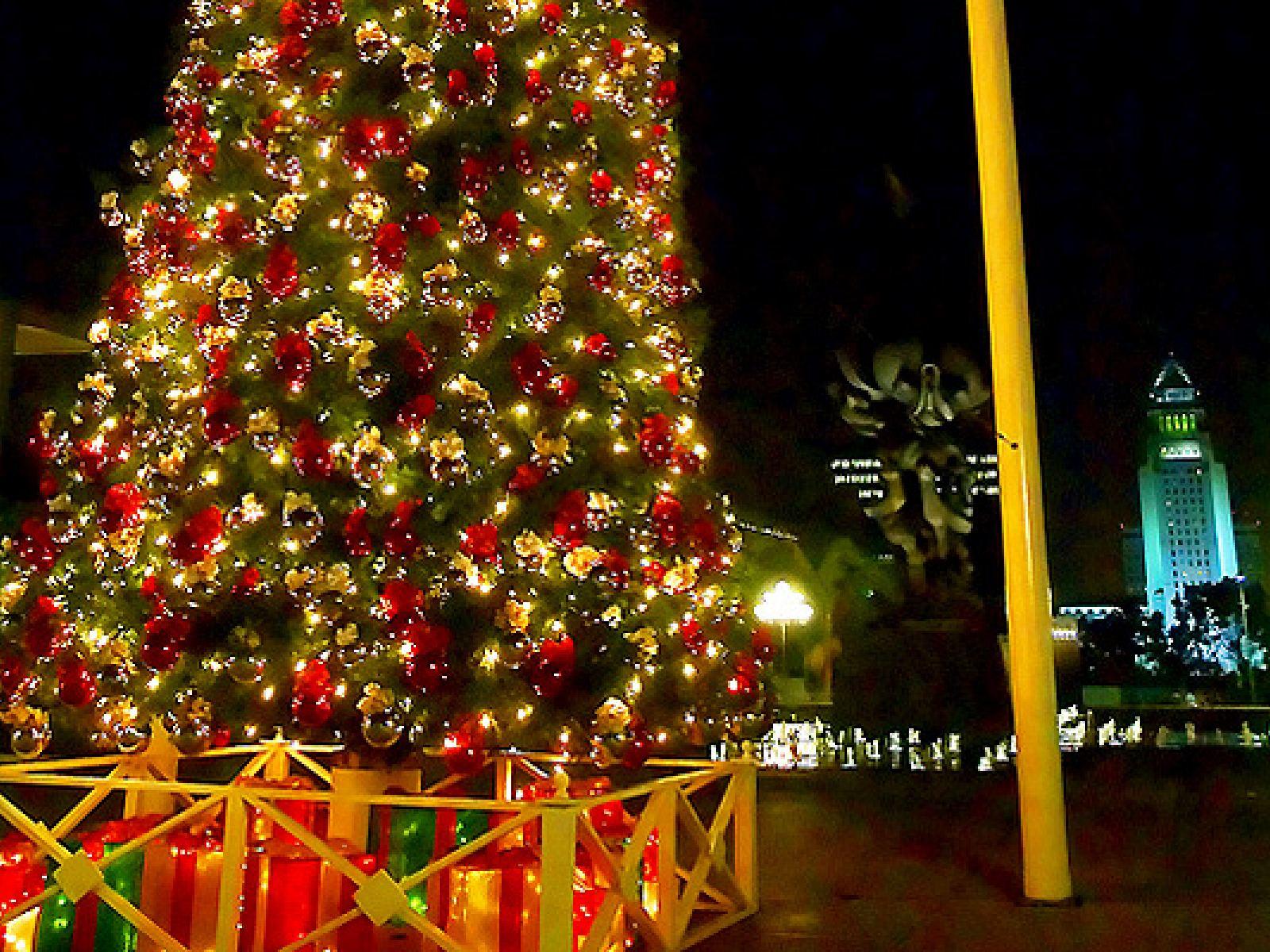 Main image for article titled Les plus belles illuminations de Noël de Los Angeles