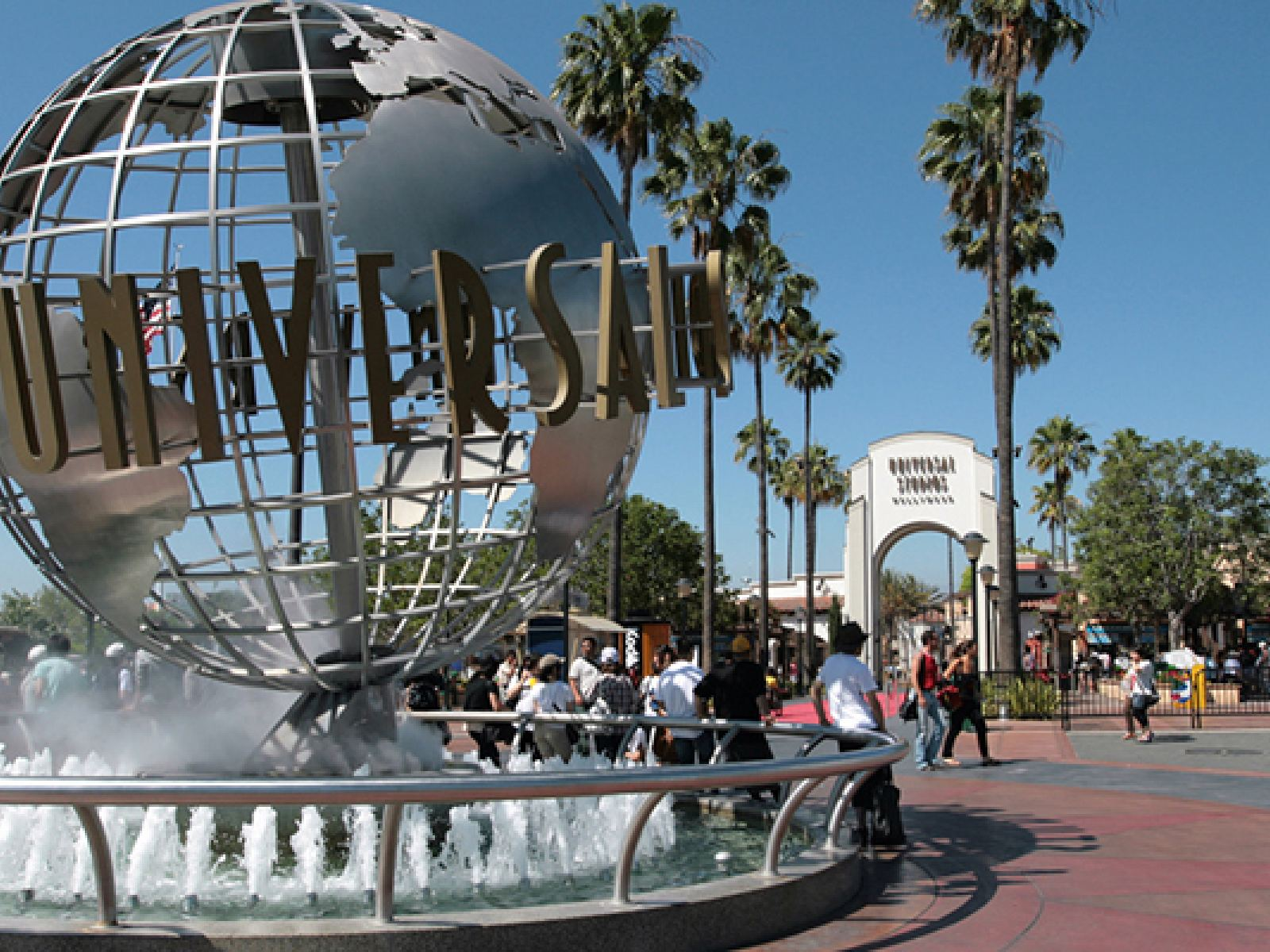 Main image for guide titled The Guide to L.A. Hotels Near Universal Studios Hollywood