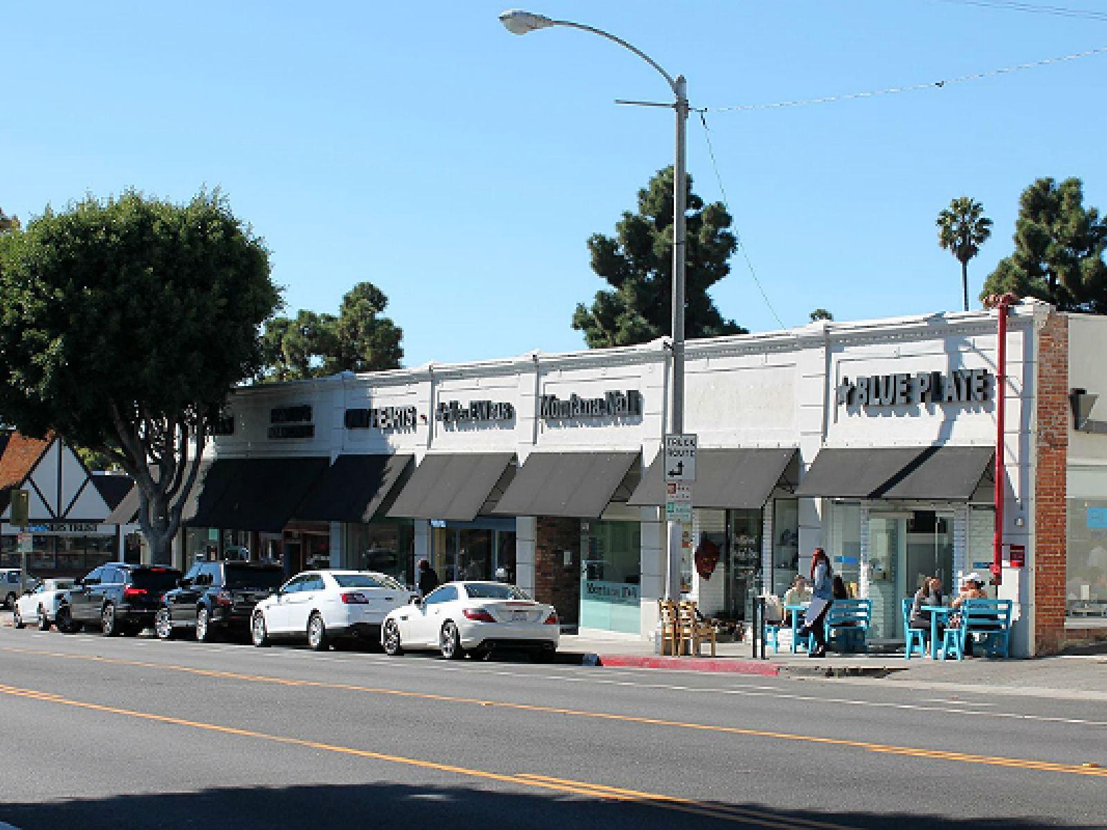 a857e3efde Another beautiful morning on Montana Avenue.   Photo courtesy of Blue Plate Santa  Monica, Facebook