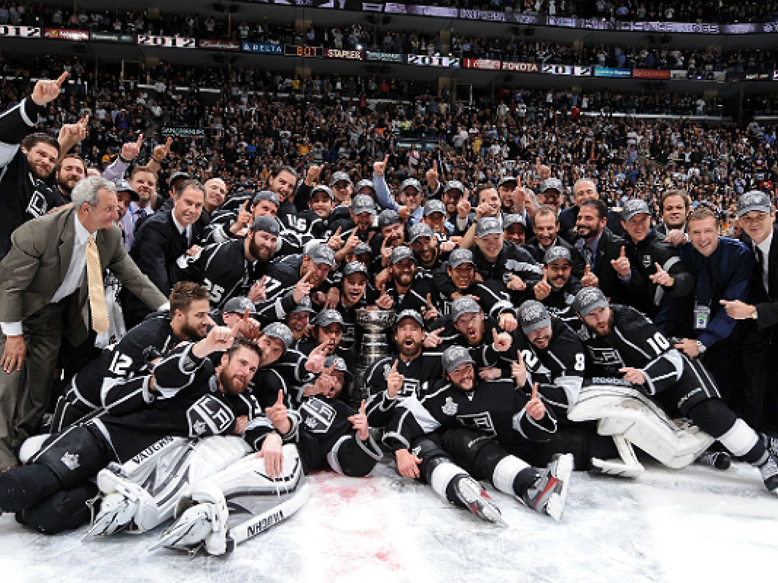 7bf1270e1 The Greatest Moments in Los Angeles Kings History