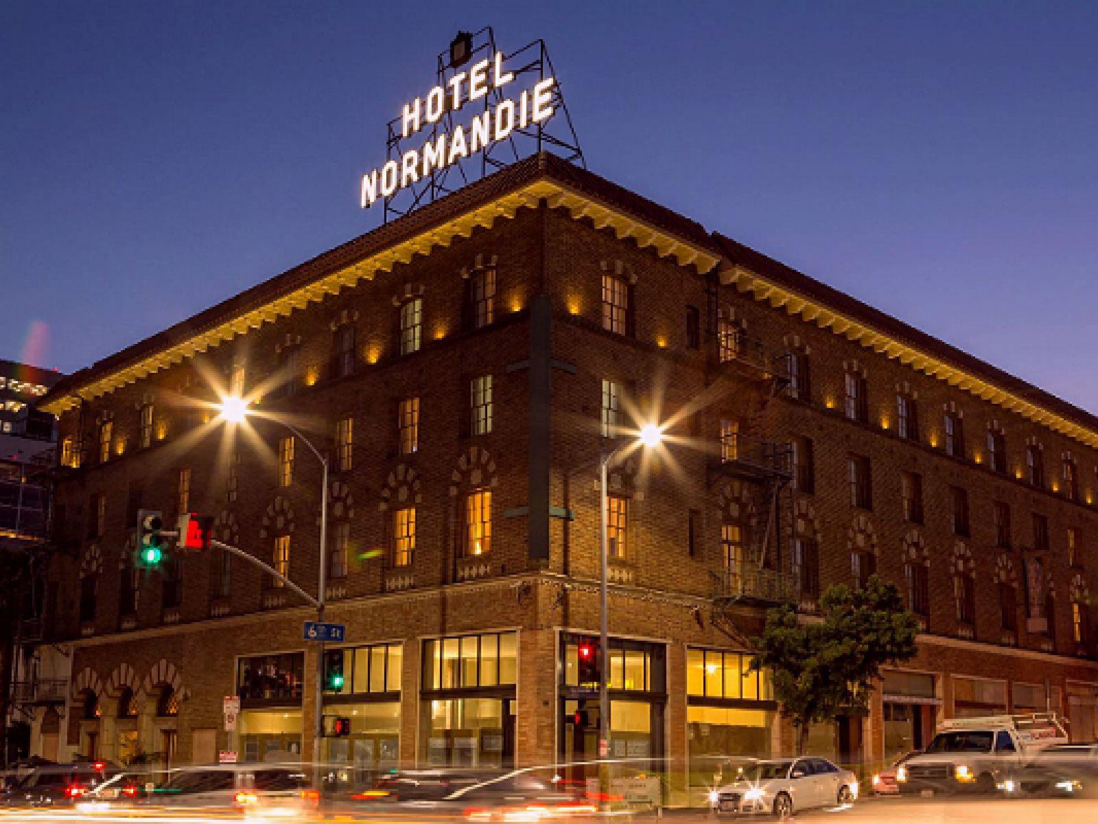 Main image for article titled ハリウッド黄金期の名残が残る老舗ホテル Hotel Normandie を大特集!
