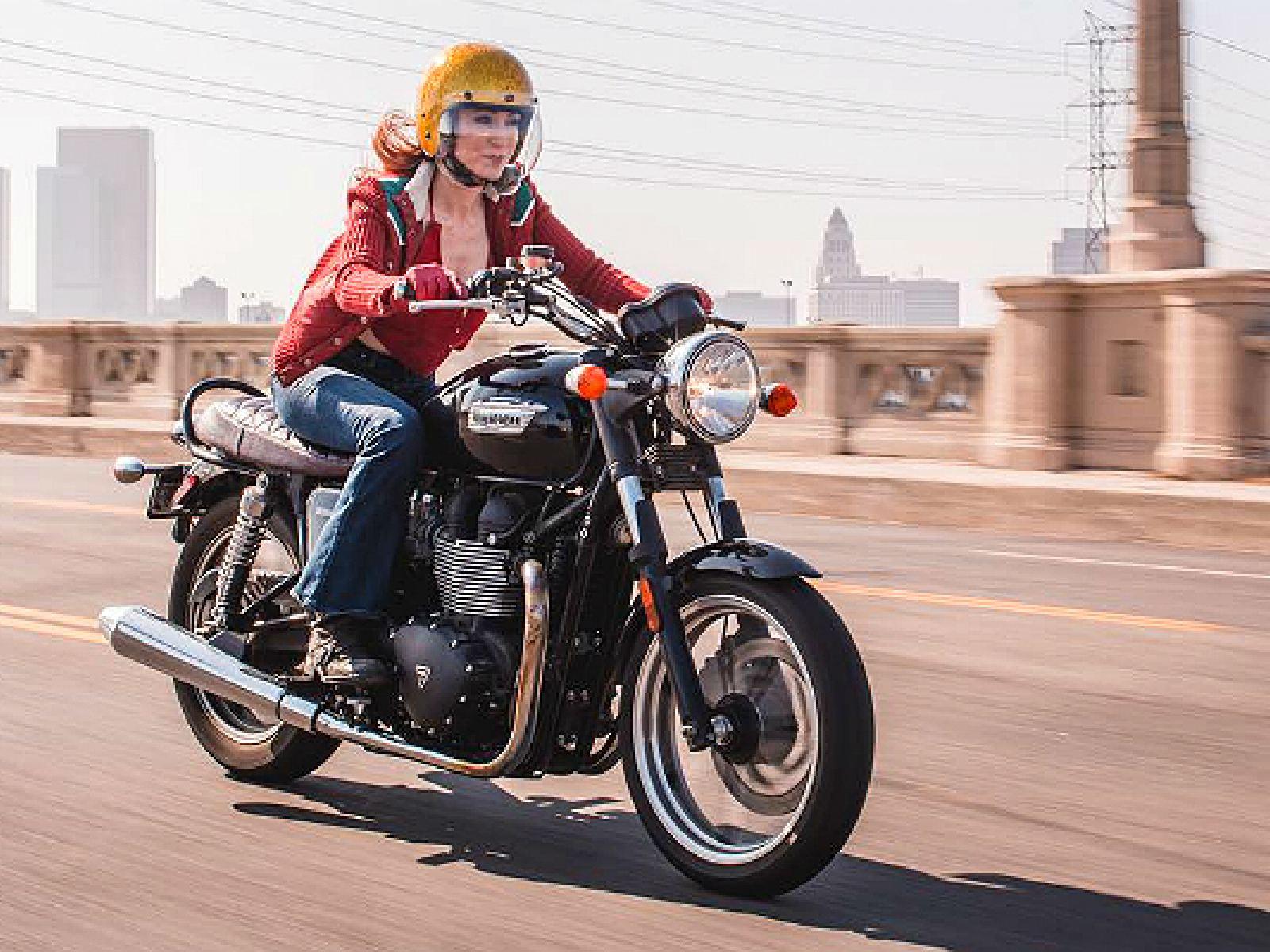 Main image for guide titled Top 10 des balades à moto à faire à Los Angeles