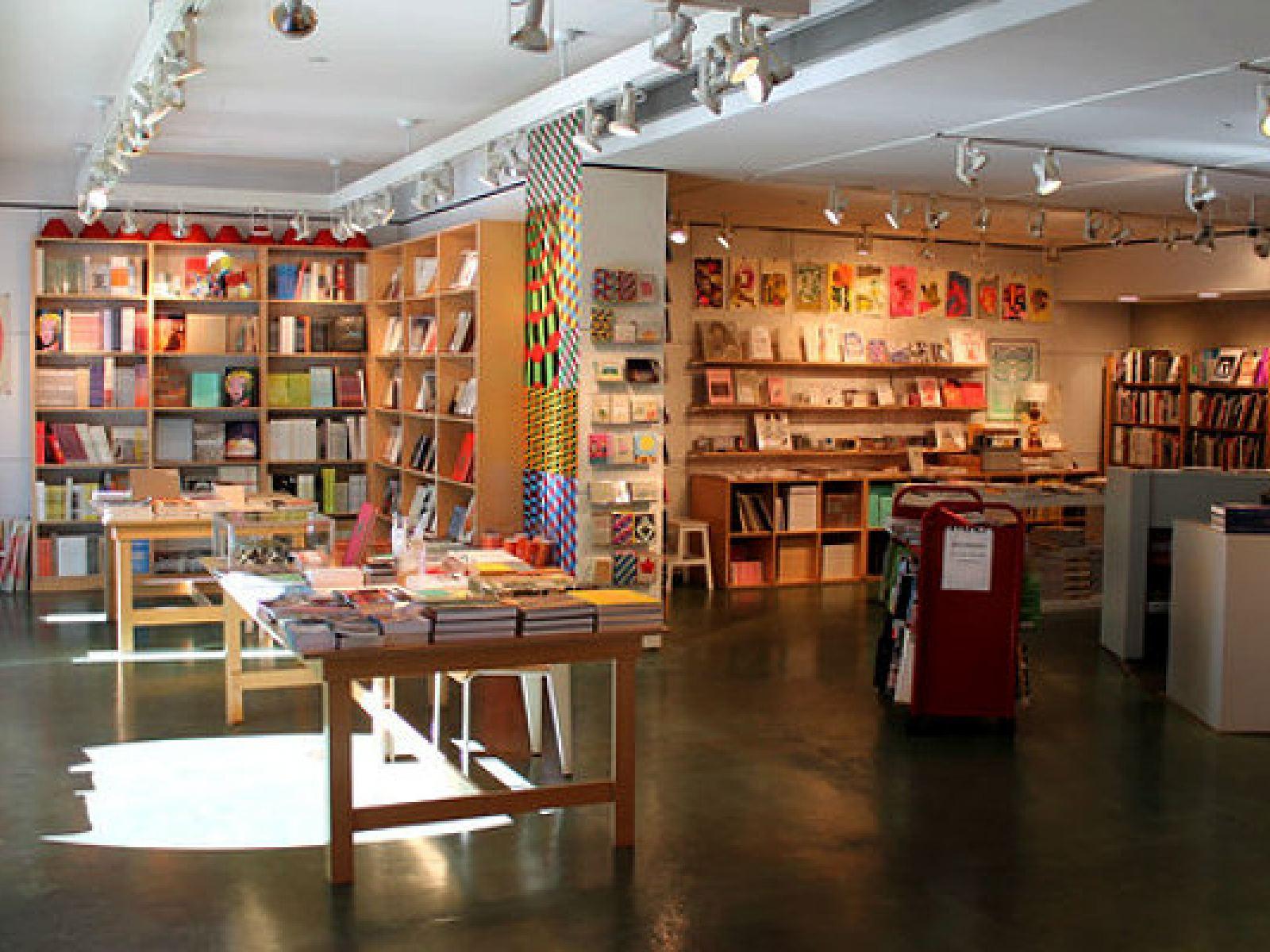 Main image for guide titled Shopping dans les boutiques de souvenirs des musées de Los Angeles