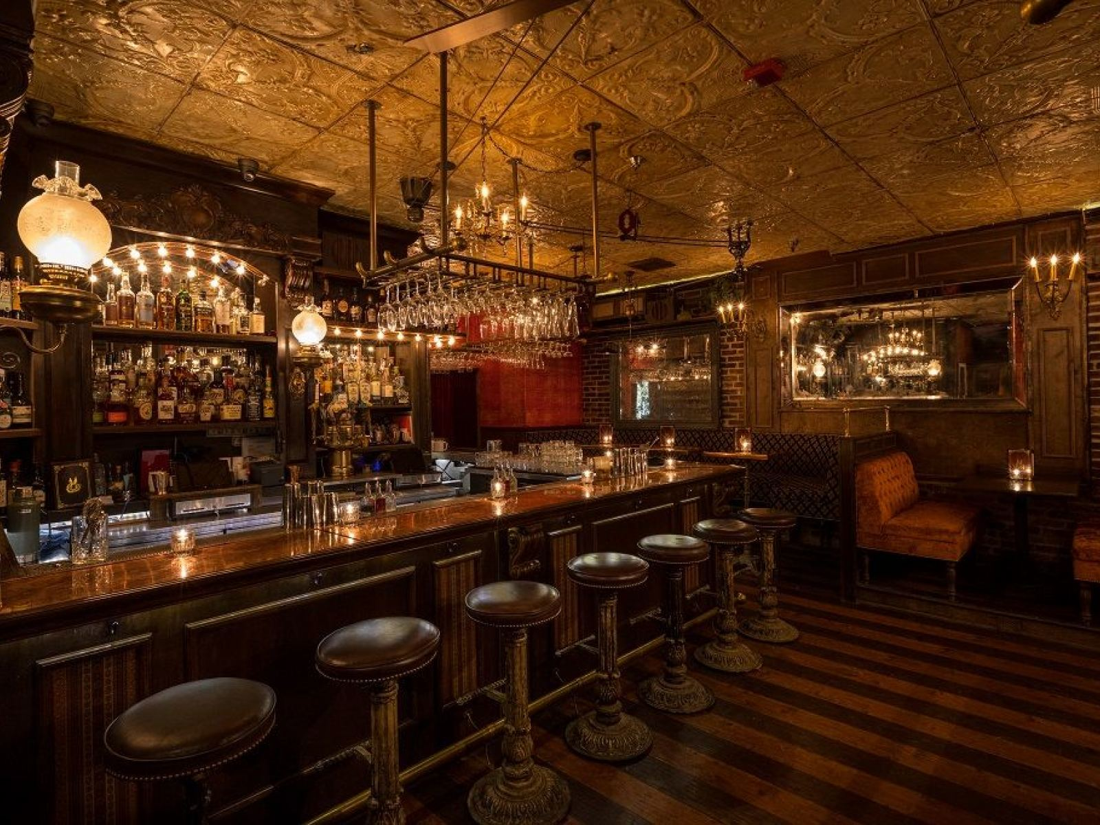 Drink Spirits With Spirits At Haunted Los Angeles Bars