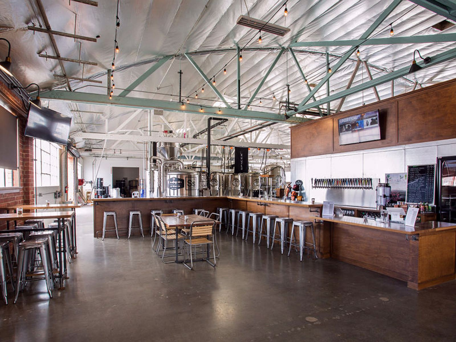 Main image for guide titled Tap Into L.A.'s Next Generation of Breweries