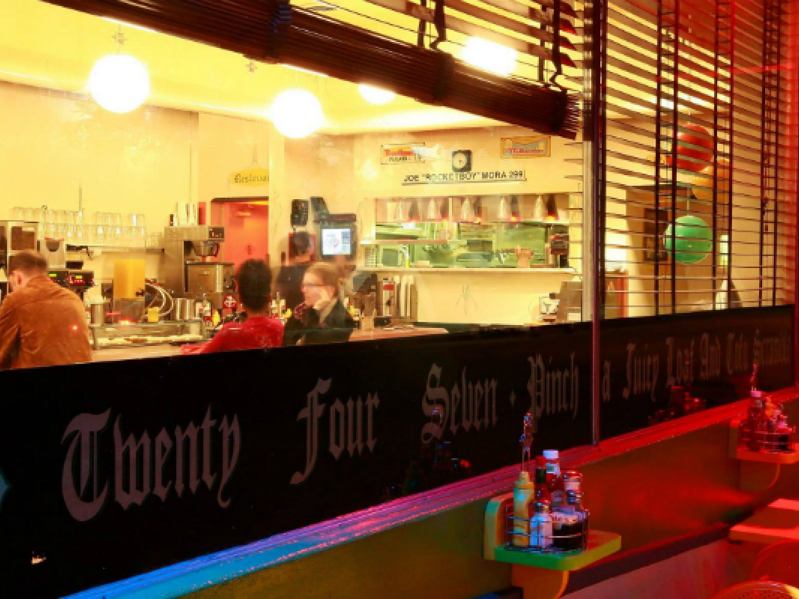 Gay los angeles 24 hour diners
