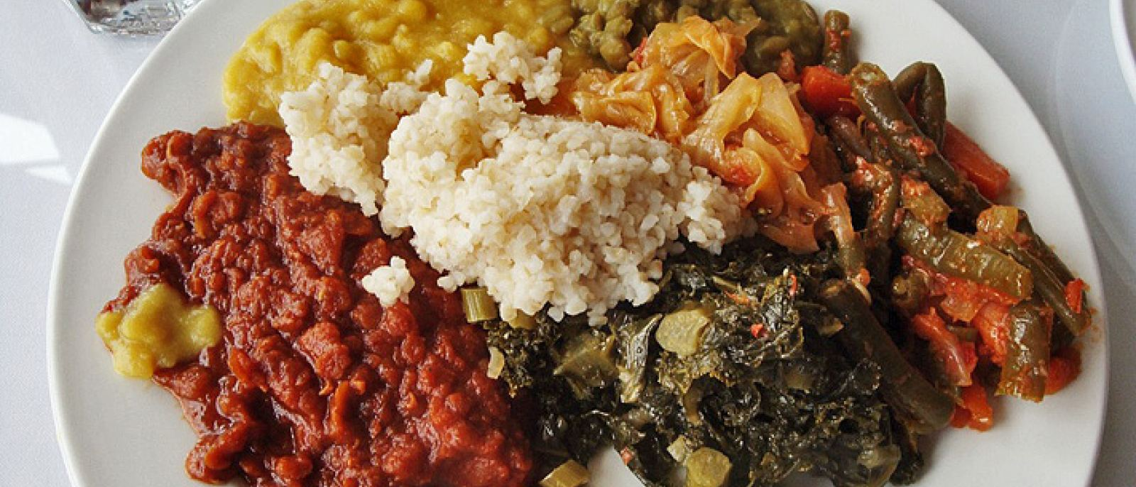 Lunch buffet at Rahel Ethiopian Vegan Cuisine | Photo: Zach Brooks