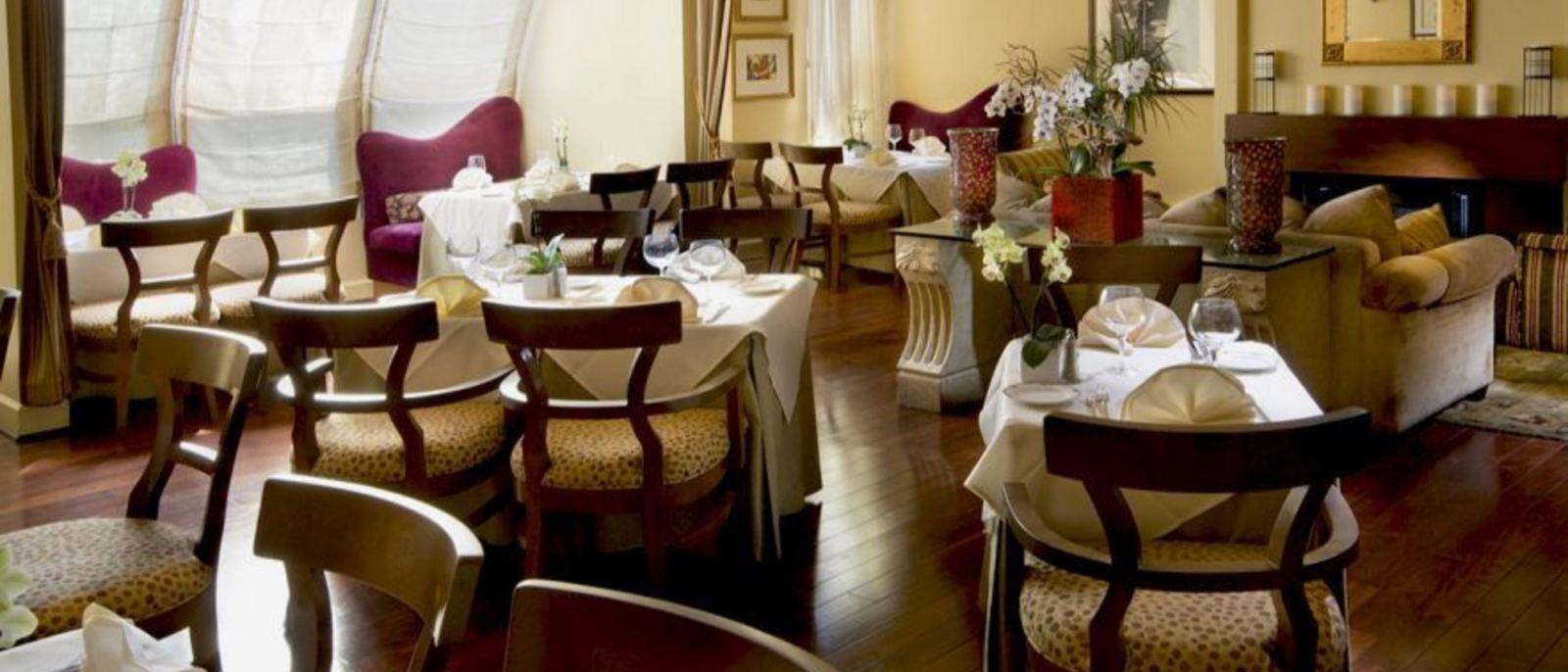 Knoll at Le Parc Suite Hotel