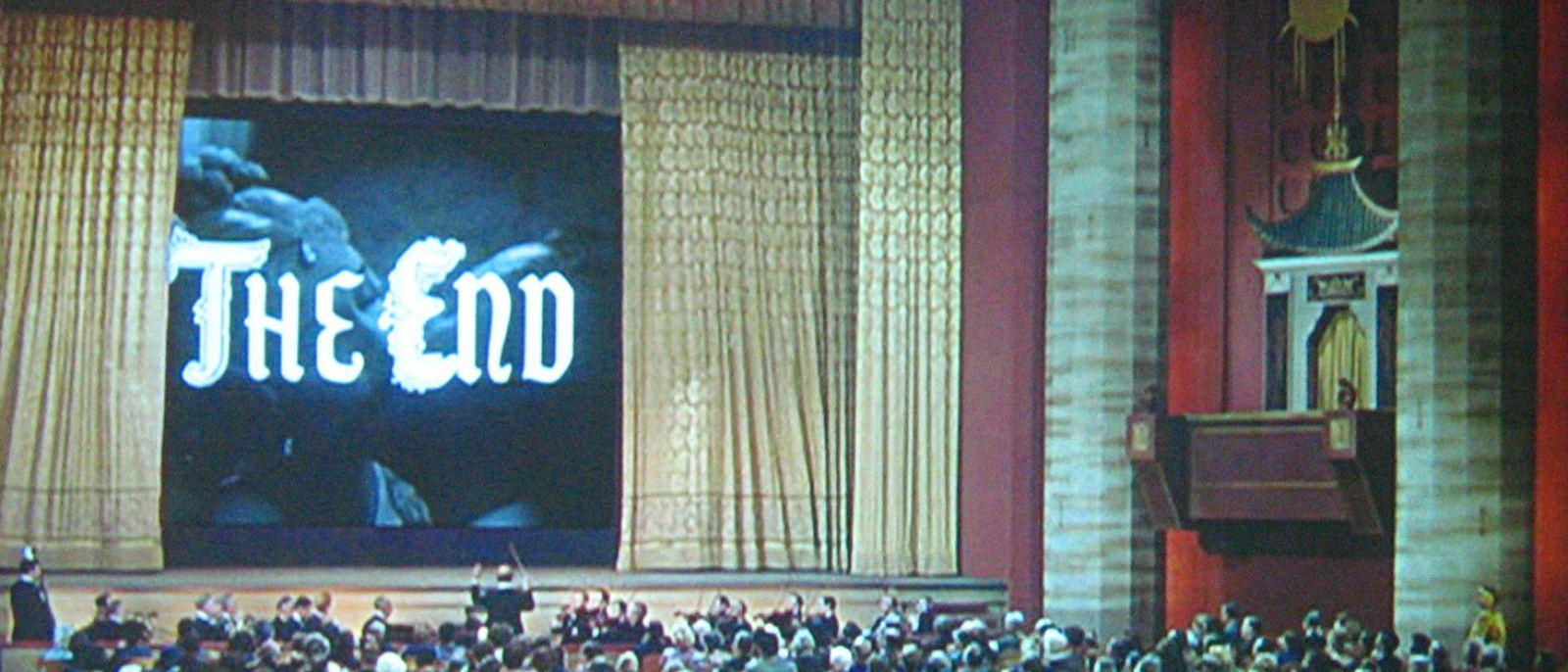 """Singin' in the Rain"" at Grauman's Chinese Theatre"