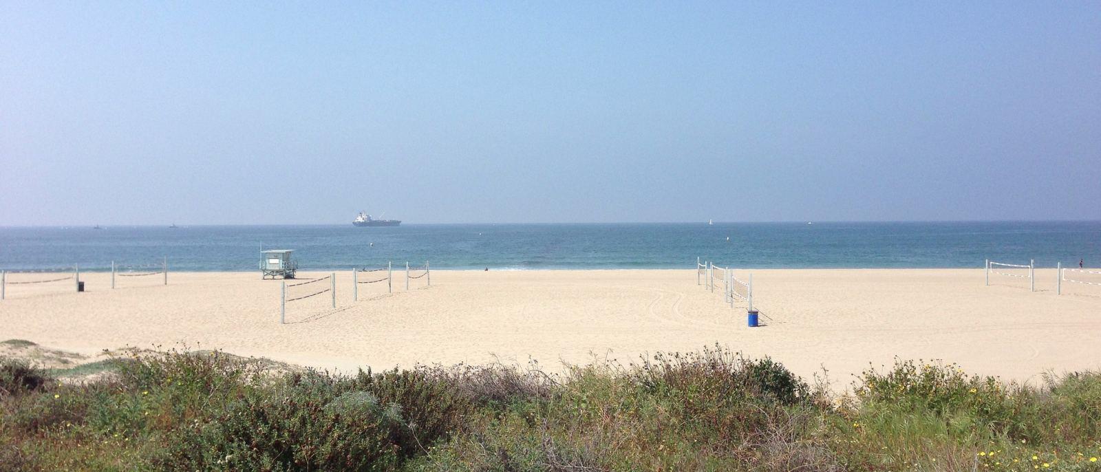El Segundo Beach   Photo courtesy of carmenmitchell, Flickr
