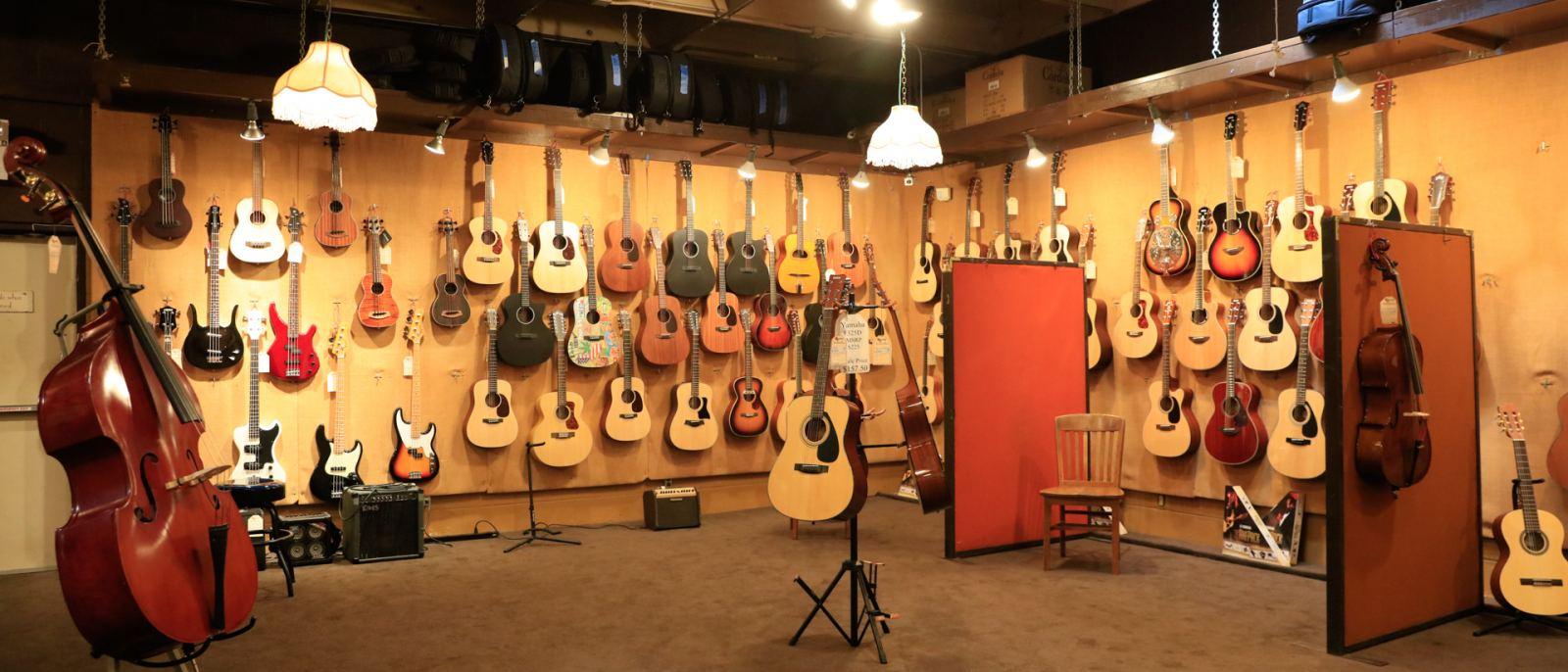 McCabe's Guitar Shop in Santa Monica