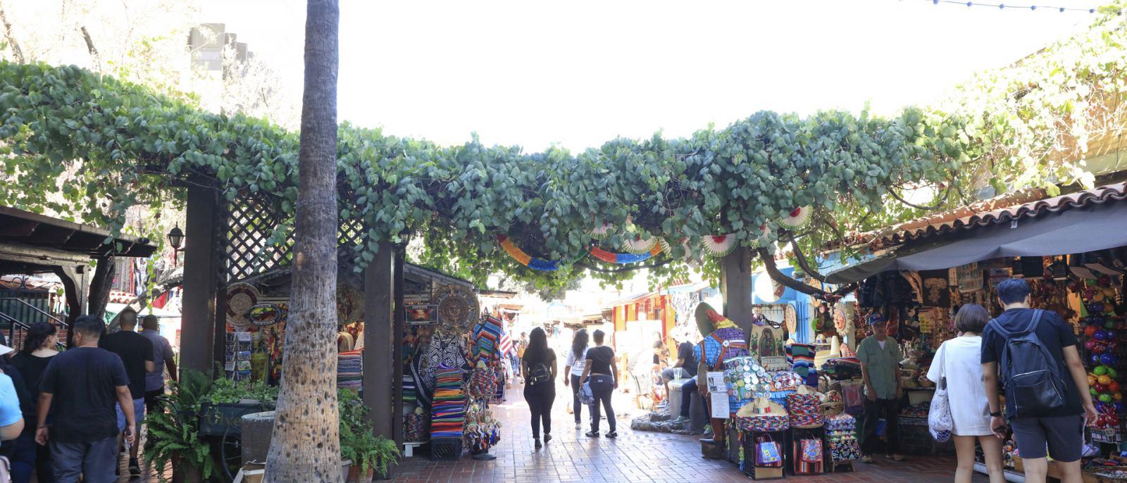 Olvera Street Vendors