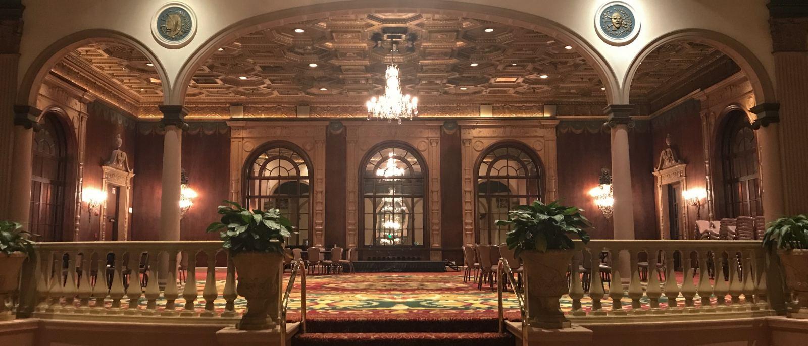 The Gold Room, Millennium Biltmore Hotel   |  Photo: Gustavo Turner
