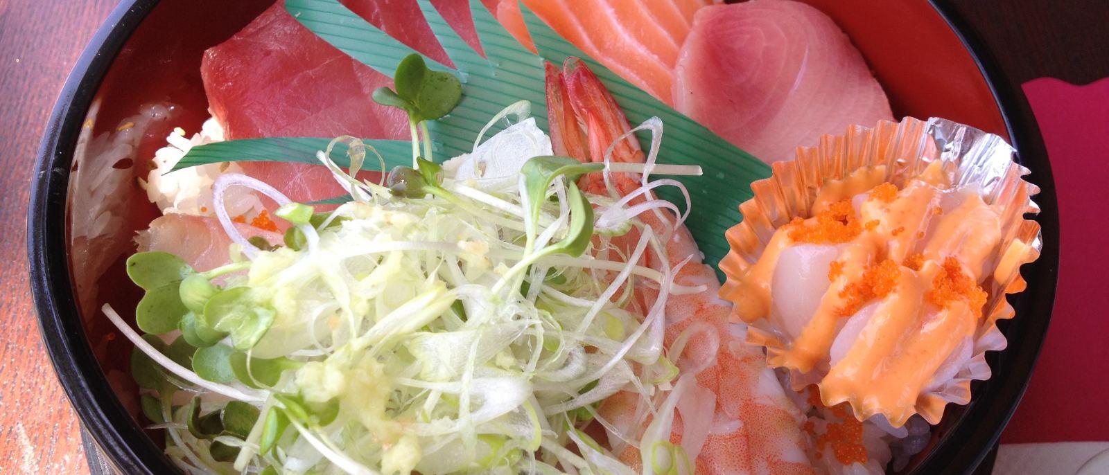 Pisces Sushi Chirashi Bowl