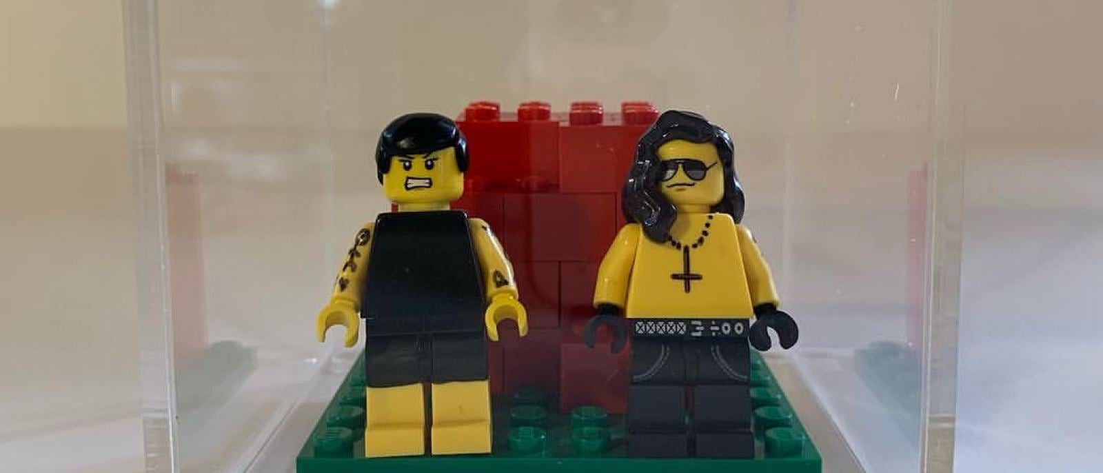 Henry & Glenn Lego La Luz de Jesus Tom Neely