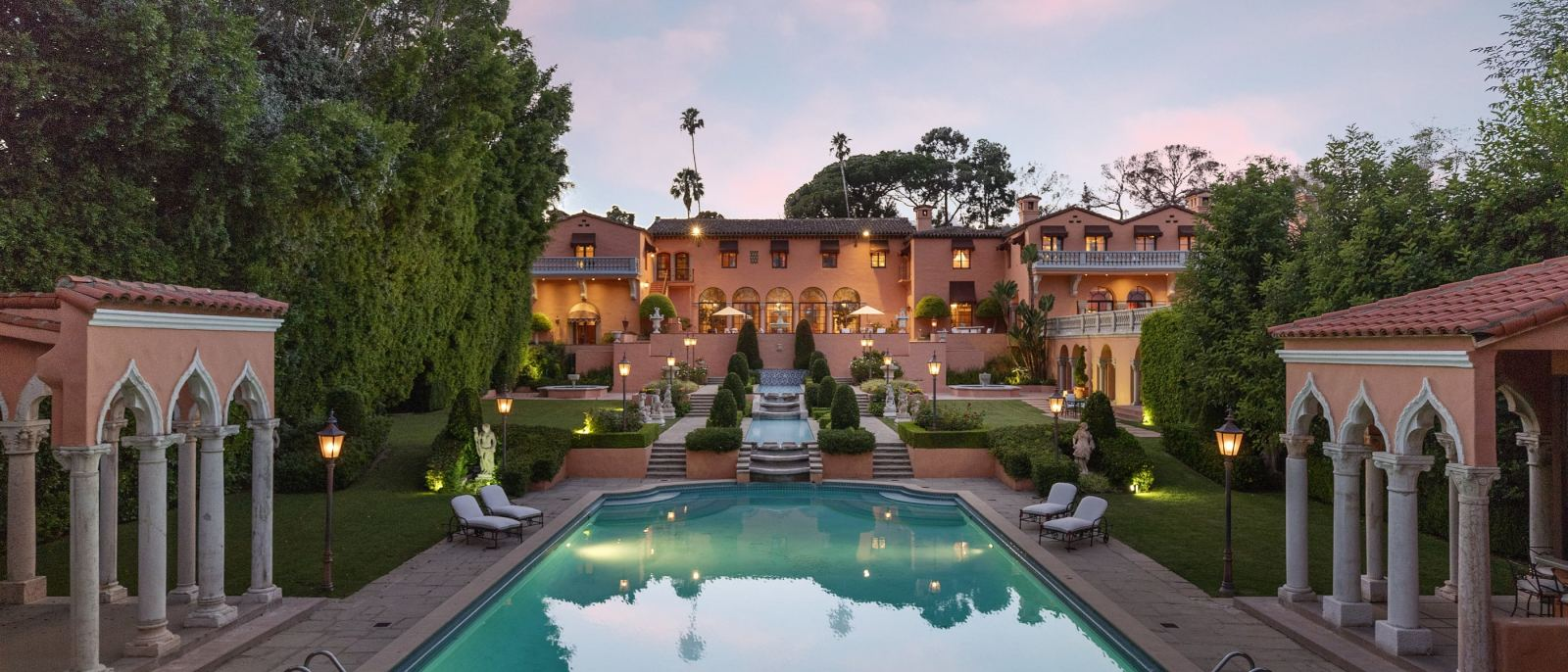 The Beverly House in Beverly Hills