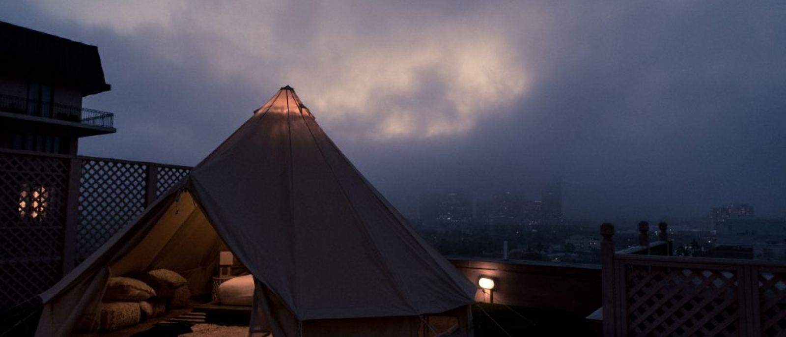 Glamping Beverly Wilshire starrynight