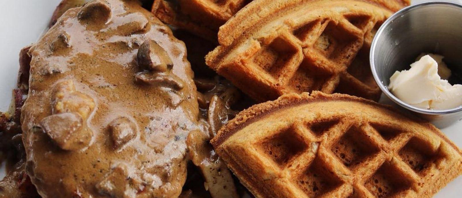 """Chicken"" & Waffles at Flore Vegan Cuisine | Photo: @imlilymedina, Instagram"