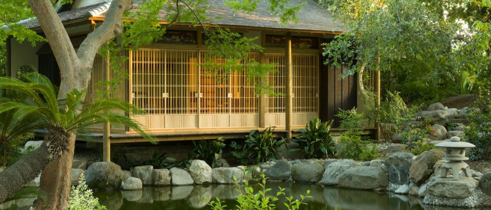 Storrier Stearns Japanese Garden teahouse