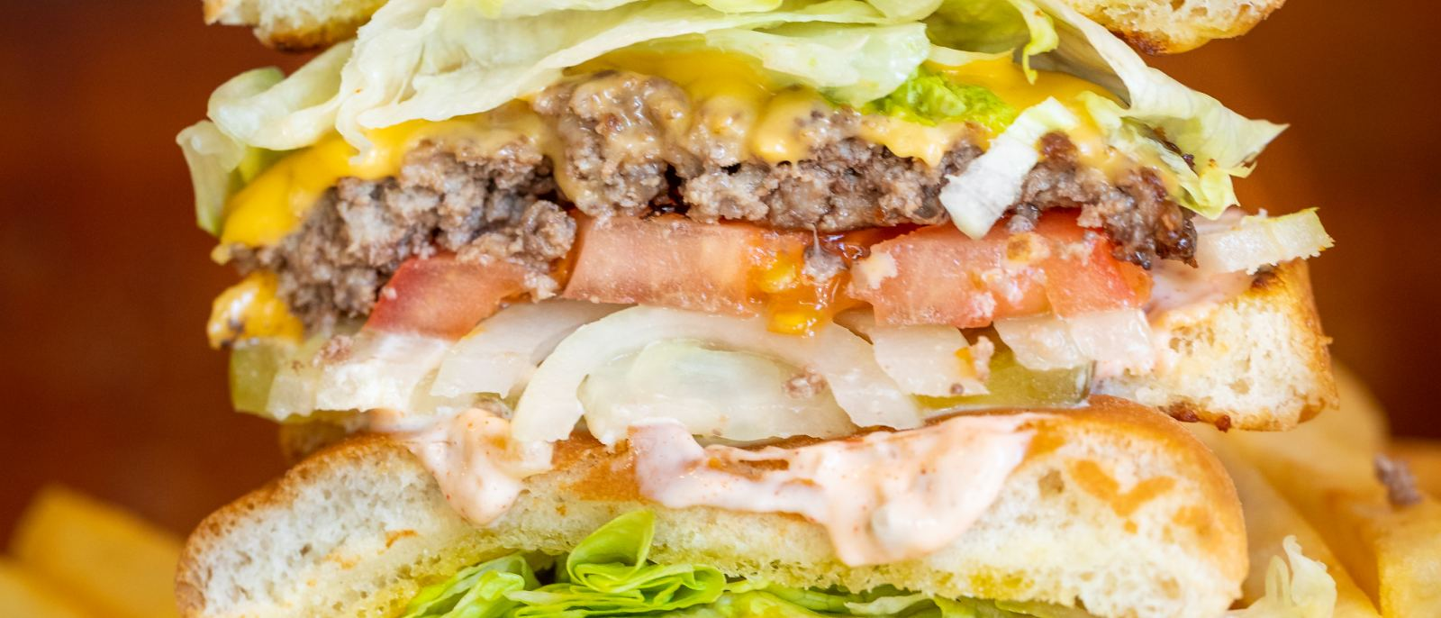 Cheeseburger at Pie 'n Burger in Pasadena