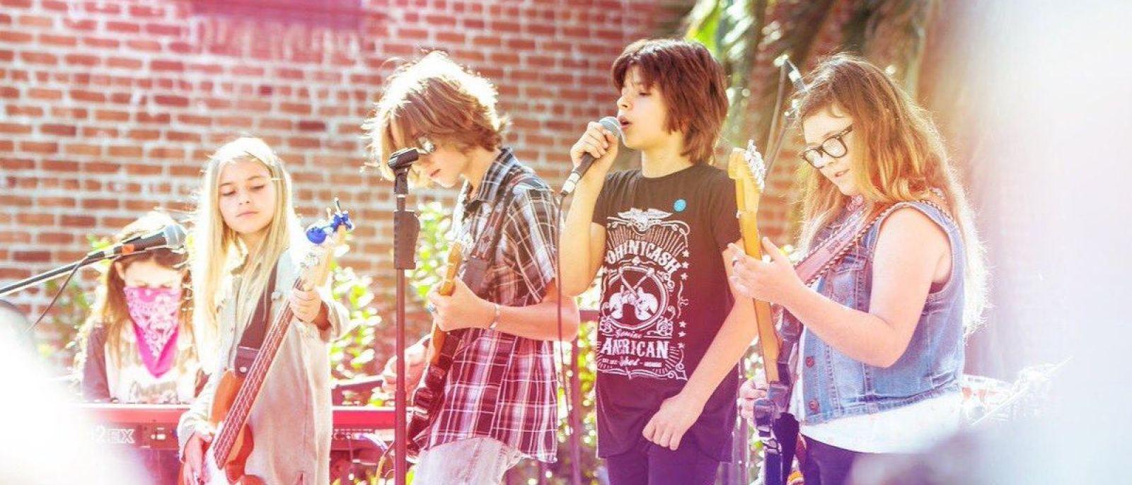 Abbot Kinney Festival Kids Quad band