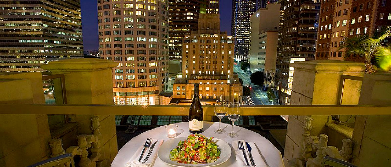 Rooftop table at Checkers | Photo courtesy of Hilton Checkers, Facebook