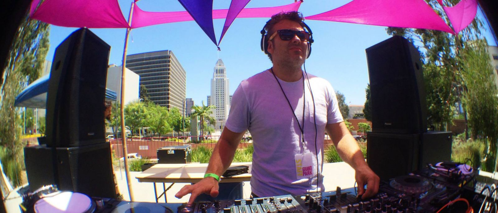 In the mix at Sunday Sessions | Photo: Grand Park, Facebook