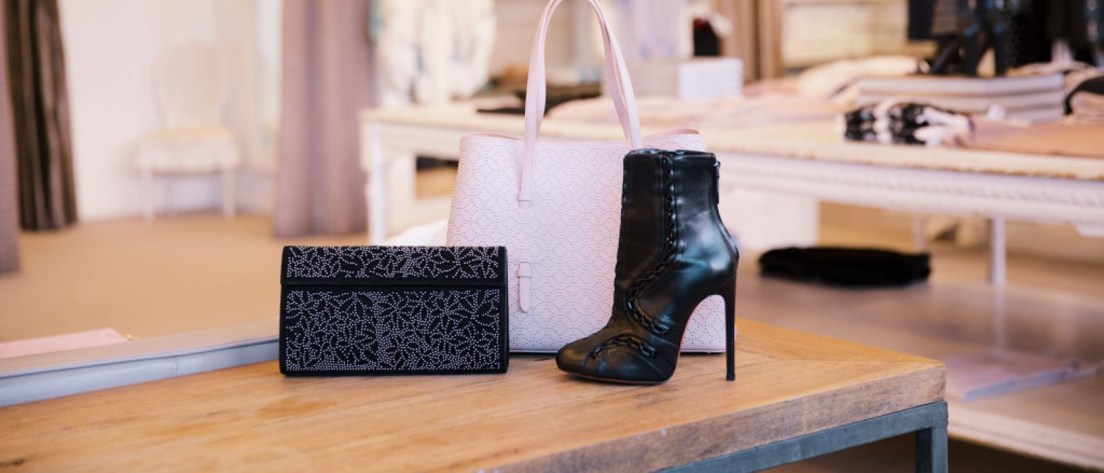 ae5b1c5443 The Guide to Celebrity Shopping in Los Angeles | Discover Los Angeles