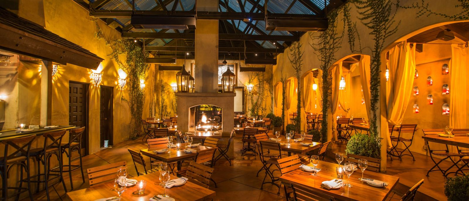 Patio at Firefly in Studio City