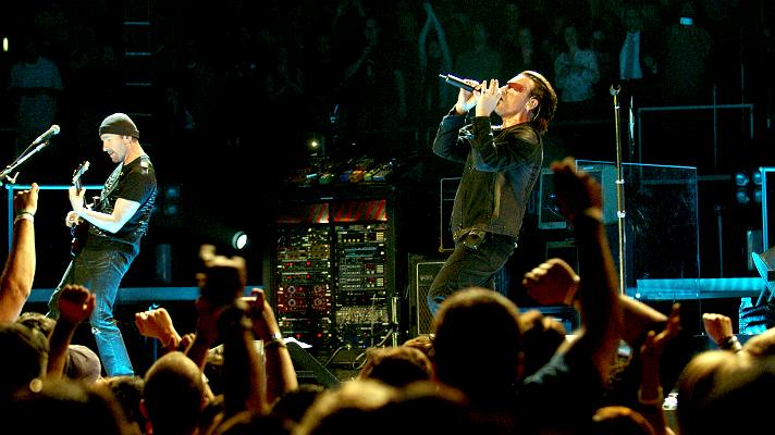 U2's The Edge and Bono performing at STAPLES Center on the Vertical Tour | Photo courtesy of STAPLES Center/Bernstein Associates