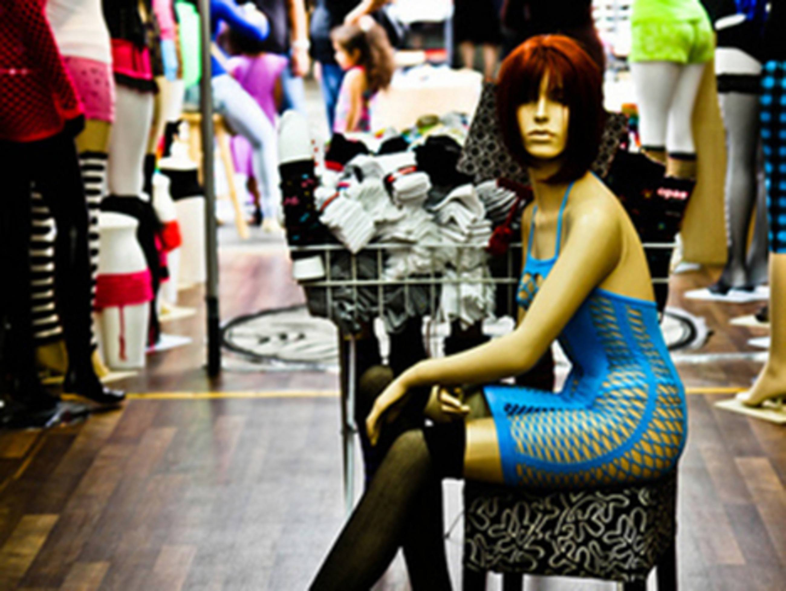 LA Fashion District | courtesy of YBowyer Photography, Flickr