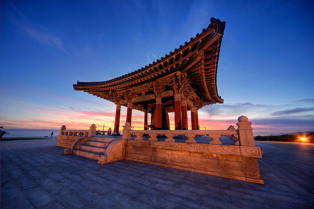 Korean Bell of Friendship | Photo courtesy of Shawn S. ParkFlickr